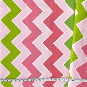 "Ткань для пэчворка ""Chevron - pink, green"" tp-352"